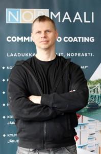 Möt Nor-Maalis Tekniker Miika Bergdahl - här är hans råd för att applicera Nor-Maalis nya vattenburna Normadur Aqua DTM